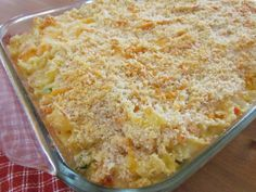 Made this for dinner tonight. Best comfort food ever! The Country Cook: Country Chicken Noodle Casserole Crockpot Recipes, Cooking Recipes, Chicken Recipes, Casserole Recipes, Easy Recipes, Chicken Ideas, Cheese Recipes, Turkey Recipes, Ritz Chicken Casserole