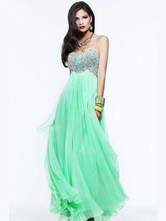 Image from http://www.merleonline.com/media/catalog/product/cache/1/image/9df78eab33525d08d6e5fb8d27136e95/c/u/cute_strapless_prom_dress_with_draped_skirt-3.jpg.