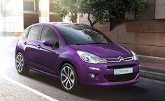 La oferta del modelo francés se incrementa con dos propulsores de gasolina de 82 y 110 CV, pertenecientes a la familia PureTech, que, por sus bajos niveles de emisiones contaminantes, eximen al C3 del impuesto de matriculación.
