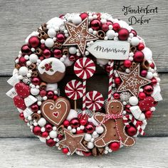 Christmas Advent Wreath, Christmas Mix, Indoor Christmas Decorations, Christmas Wreaths To Make, Christmas Room, Christmas Candle, Christmas Gingerbread, Christmas Crafts, Christmas Interiors