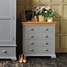 Chests Of Drawers   Oak, Solid Wood and White Chests Of Drawers   The Cotswold Company