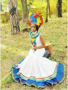 Find modern Traditional Wedding Dresses in South Africa online. Sotho Traditional Dresses, Pedi Traditional Attire, Zulu Traditional Wedding, South African Traditional Dresses, Traditional Outfits, African Wedding Attire, African Attire, African Wear, African Print Dresses