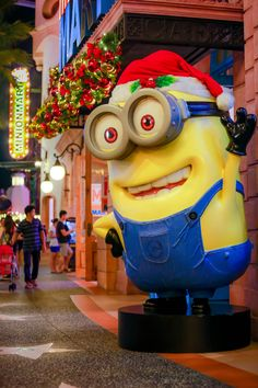 universal studios store singapore shopping in singapore shopping rh pinterest com
