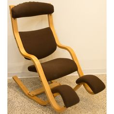 + ideas about Kneeling Chair on Pinterest  Ergonomic Chair, Chairs ...