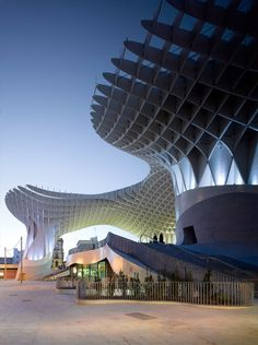 Metropol Parasol.German architect Jürgen Mayer-Hermann. 2011. Seville, Spain