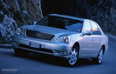 LEXUS LS (2000 - 2003) Description & History: Due to restyling the car was even more aerodynamic and because the engine was moved further rearward it achieved better stability.