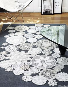 Un tapis comme du crochet par Patricia Urquiola Patricia Urquiola, Home Carpet, Rugs On Carpet, Papercrete, Diy Crochet, Crochet Rugs, Floor Design, Elle Decor, Decoration