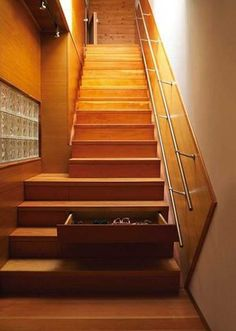 It seems no matter how large the space is that will never meet your need. And you've been looking for enough storage space. But in fact, more space is available in your house, but you just haven't been aware. Whether you live in apartment, mobile home, tiny house or luxury villa, there still secret spots […]
