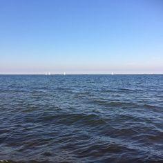 Uwielbiam moment kiedy siadam nad morzem i wyłączam myślenie. #wakacje #morze #szum #fale #relaks #chill #balticsea