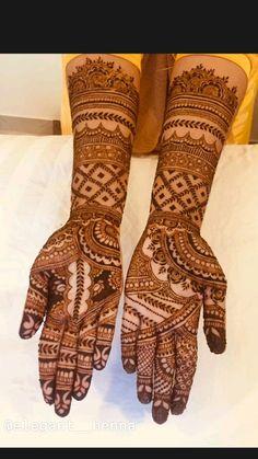 Mehndi Designs Front Hand, Modern Henna Designs, Full Hand Mehndi Designs, Mehndi Designs Book, Mehndi Designs For Beginners, Mehndi Design Photos, Wedding Mehndi Designs, Beautiful Mehndi Design, Simple Mehndi Designs