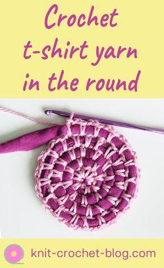 How to start crocheting round using t-shirt yarn #crochet #crochettutorial #videotutorial