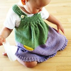 Ravelry: Wild Tulip in English pattern by Midori Hirose I so want to make this but it's $7.00 for the pattern.   I wish it was free!