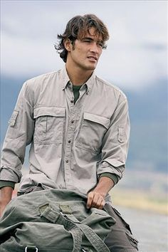 Safari much? Soo yeah super mega attractive! My future husband shall take me on african safaris dressed like  this!