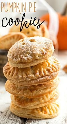 Serve pumpkin pie fork-less this fall with this adorable Pumpkin Pie Cookie recipe! | savorynothings.com