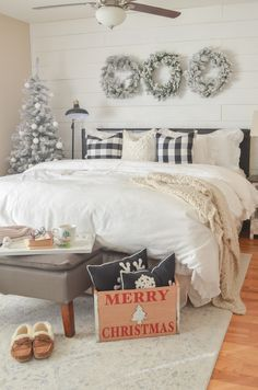 christmas bedroom Formidable Holiday Bedroom Decor Ideas, Your bedroom is your sanctuary and so should be a place you can readily unwind for the evening. It may not be on display for your guests but adding a . Easy Home Decor, Home Decor Bedroom, Bedroom Ideas, Bedroom Designs, Winter Bedroom Decor, Master Bedroom, Bedroom Lamps, Bedroom Bed, Modern Bedroom