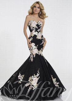 210649823aa6 1154 Best 2018 Prom Dresses images   Designer prom dresses, Evening ...