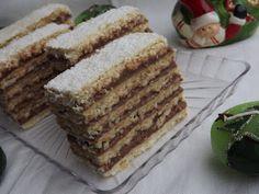 Amióta csak megláttam Gabriellánál ezt a hatlapos sütit , azóta terveztem elkészíteni, aztán most a karácsonyi próbasütések során ez is... Tiramisu, Muffin, Ethnic Recipes, Food, Essen, Muffins, Meals, Tiramisu Cake, Cupcakes