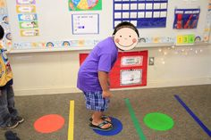 Phonemic Awareness, or Phonics if I show the word on a white board. Sound Hop Use rubber dots for hopping the sounds in words. The children hop on a dot as they say each sound in the word. This is great for kinesthetic learners. Kindergarten Language Arts, Phonics Activities, Kindergarten Literacy, Classroom Activities, Classroom Crafts, Early Literacy, Phonemic Awareness Activities, Phonemic Awareness Kindergarten, Teaching Reading