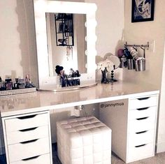 Main Home Page Beauty Room Checklist