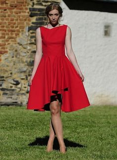 free pattern size 32 - Red dress