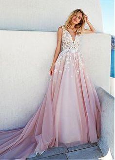 Romantic Tulle & Taffeta Scoop Neckline A-Line Wedding Dresses With 3D Beaded Handmade Flowers