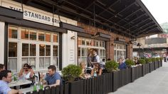 Best outdoor brunch in NYC for a late breakfast on the weekend
