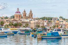 Die 10 schönsten Dörfer Europas - Das Fischerdorf Marsaxlokk ist auch für seine exotischen Speisen bekannt