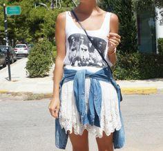 http://josieswall.com  #streetstyle #details #bag #bag #fashionblogger #fashion #leo #lace