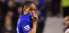 Steven Pienaar warns Everton FC to beware Swansea