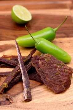 This Jalapeno Lime Beef Jerky is an easy to make jerky with a little spice from the jalapenos, sweetness from the honey, and a strong citrus flavor from the fresh limes. Who doesn't love jalapenos and limes? Beef Jerky Marinade, Beef Jerkey, Pork Jerky, Simple Beef Jerky Recipe, Homemade Beef Jerky, Jalapeno Beef Jerky Recipe, Jalapeno Recipes, Jerkey Recipes, Making Jerky