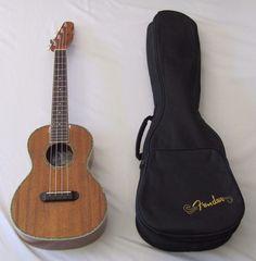 Fender Koa Nohea Ukulele  with Case