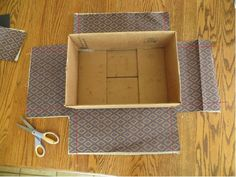 Really good tutorial or covering boxes with fabric. Really good tutorial or covering boxes with fabric. The post Really good tutorial or covering boxes with fabric. appeared first on Paper Diy. Cardboard Crafts, Fabric Crafts, Sewing Crafts, Sewing Projects, Diy Crafts, Diy Projects, Cardboard Boxes, Shoebox Crafts, Cardboard Storage