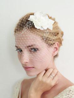 Flower veil, french veil, russian veil, wedding veil, bridal veil, mini veil, blusher, veiling - style 308