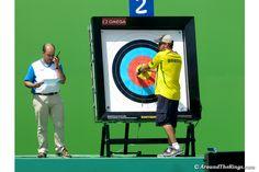 It is the coach`s duty to retrieve the arrows. (ATR)