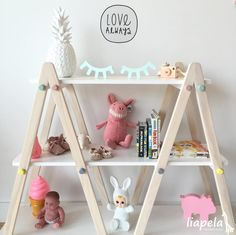Little details make a big difference #cutebabynursery #roomideasforkids #modernbabystore #miamibabystore #bestbabyproducts Like on Instagram @LiapelaModernBaby