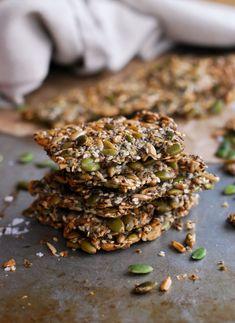Hälsosamt Fröknäcke //Baka Sockerfritt Vegan Vegetarian, Vegetarian Recipes, Vegan Christmas, Meat Lovers, Polenta, Lchf, How To Dry Basil, Diabetes, Crackers