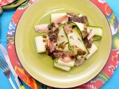 Receta   Ensalada mediterránea de salmonetes y calabacín - canalcocina.es