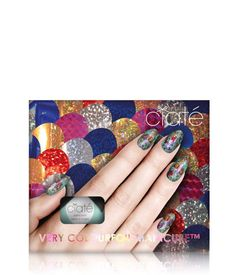 CIATE COLOURFOIL KALEIDOSCOPIC KLASH KIT: Inspired by London's urban street artists, Ciaté's Colourfoil manicure creates edgy, cool graffittied look with this easy to apply longwearing manicure. The set comes complete with a Ciaté pro formula paint pot, Foil Fix glue and metallic 'Colourfoil' sheets in six spectacular foiled shades. Create your own unique color clash and let your mani glisten.