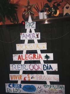Ig: mikiwasuk // #Navidad #Arbol #Manualidad #Tendencia #Interiores #Adornos #Navidad2017 #DecoracionNavidad #AdornosNavideños #DecoraciónDeNavidad #Decoración #Proyecto #Ideas #IdeasDeNavidad
