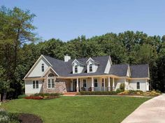 Country House Plan with 2078 Square Feet and 3 Bedrooms(s) from Dream Home Source | House Plan Code DHSW41653