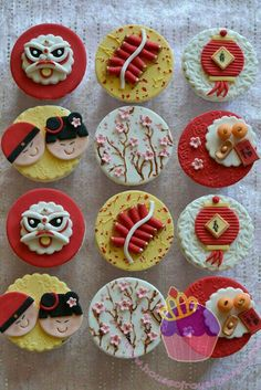 Chinese New Year Cupcakes for 2012 Chinese New Year Cookies, Chinese New Year Food, New Years Cookies, Chinese New Year Decorations, Chinese Cake, Chinese New Year Party, Fondant Toppers, Cupcake Toppers, Cupcake Cakes