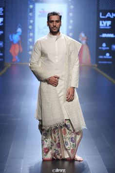 Gallery | Gaurang Wedding Dresses Men Indian, Wedding Dress Men, Wedding Outfits, Mens Sherwani, Kurta Men, Mens Traditional Wear, Indian Men Fashion, Mens Fashion, Mens Ethnic Wear