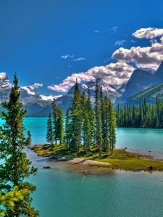 Spirit Island in the Canadian Rockies. One of the most photographed place on Earth.
