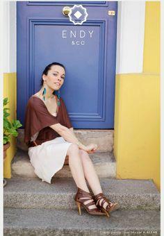 Photo pour la marque Endy&Co avec le petit top marron très fashion  Styliste: Marion Tramieux Pautrot Photographe: Juan Manuel Abellan #mode #endy&co #juanmanuelabellan #fashionhandi