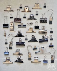 Love a bulldog clip! Collections D'objets, Displaying Collections, Things Organized Neatly, Vintage Clip, Feng Shui, Stationary, Cool Stuff, Antiques, Frame