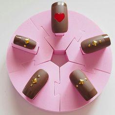 もうすぐバレンタイン♡チョコをイメージした\チョコネイル/にネイルチェンジ♡バレンタインネイル♡   Jocee