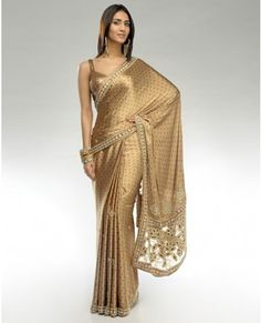 Indian Saris are so beautiful. Indian Beauty Saree, Indian Sarees, Indian Dresses, Indian Outfits, Indian Clothes, Indian Attire, Indian Wear, Indian Look, Elegant Saree