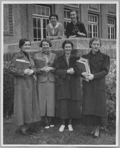 Women college students at San Jose State College, circa 1935 :: Silicon Valley History Online