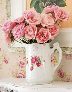 I have a little old tea pot and will buy some silk roses. Love this. <3 Shabby Chic Cottage Pink Roses