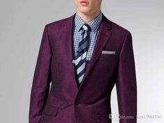 The Ultimate Summer Burgundy Linen & Wool Suit makes a bold statement, but is surprisingly wearable. Geek Fashion, Mens Fashion Suits, Dark Red Suit, Wool Suit, Suit And Tie, Sport Coat, Custom Clothes, Gq, Men Dress